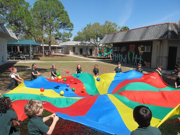Collaborative colorful play in learning