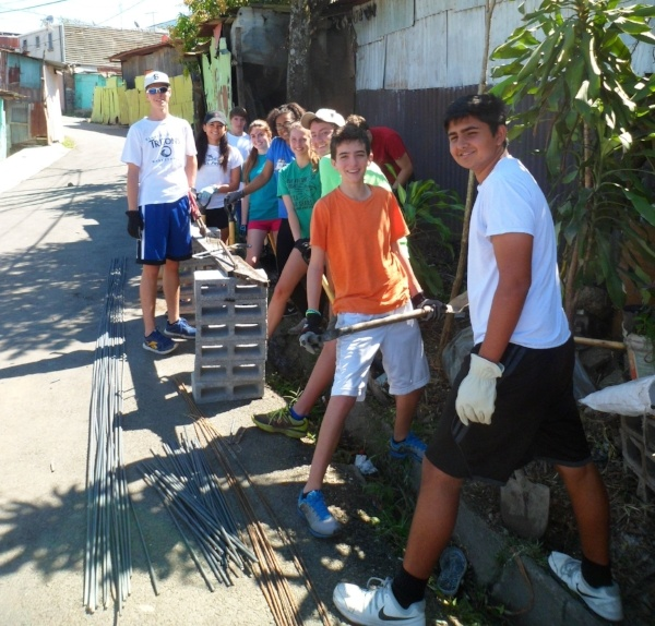 Shorecrest Service Week in Costa Rica